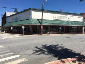 Putnam storefront