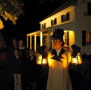 mystic_seaport_lantern_light1